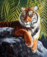 Тигр на скале